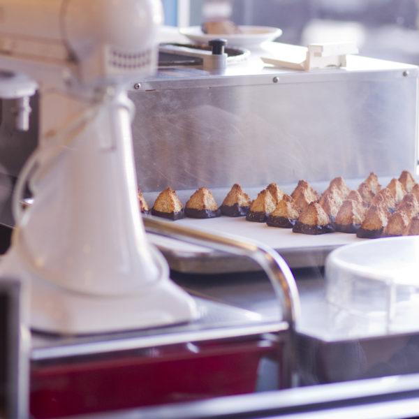things to do in salem, jodi bee bakes, salem business spotlight