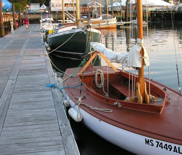things to do in salem, antique and classic boat festival 2017