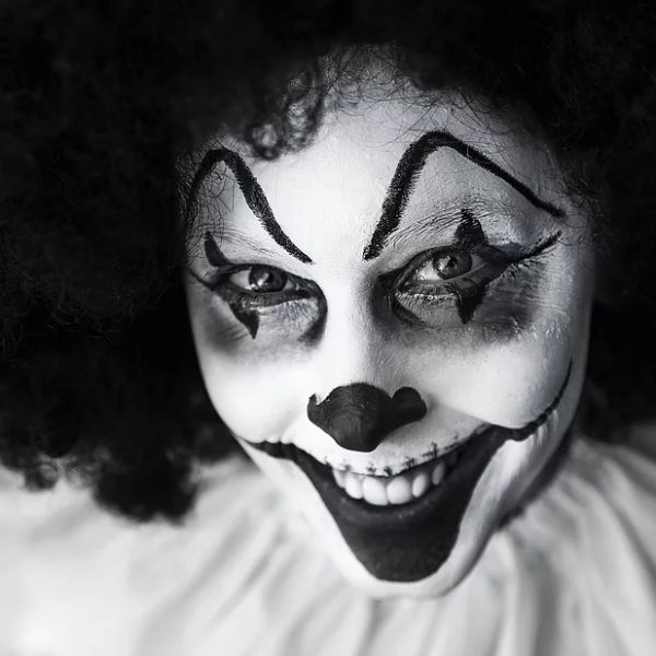 things to do in salem ma, creepy clown 3.33 run, october