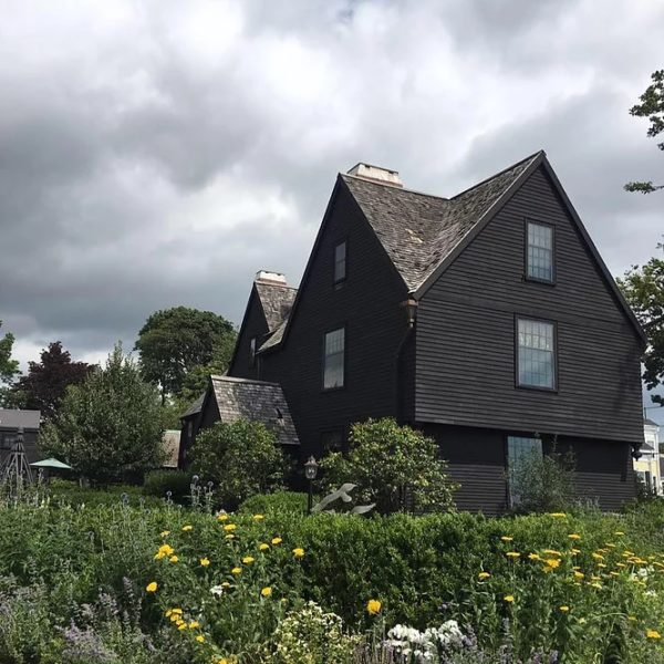 things to do in salem ma, house of the seven gables, story submissions salem ma