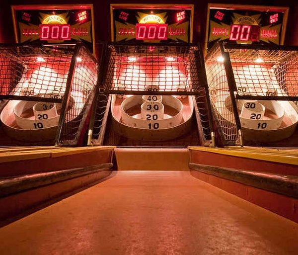 things to do in salem, skee ball wednesdays, notch brewing salem