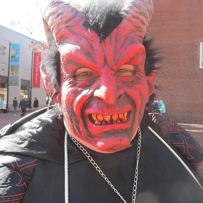 things to do in salem, the salem satan, halloween cosplay